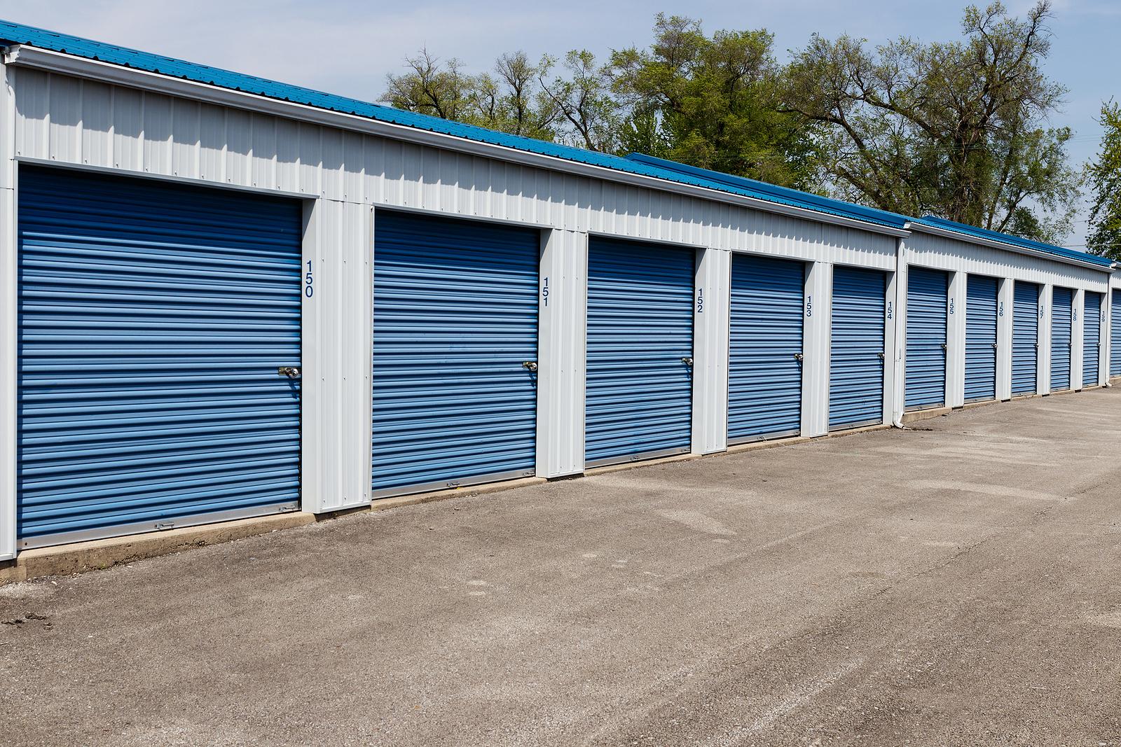 Newcastle self storage in mini garage units